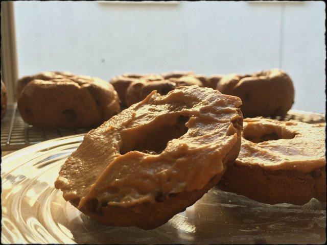 Paleo Pumpkin Chocolate Chip Bagels